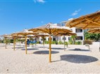 The BEACH RESORT Vir -