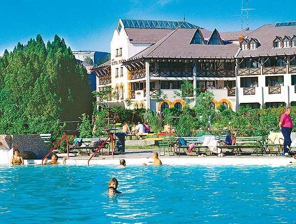 Hotel FLÓRA - Sveti Stefan