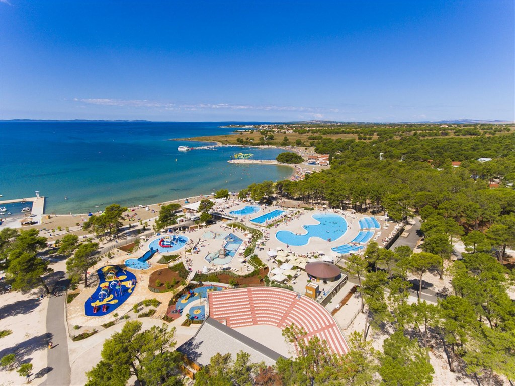 Apartmány ZATON HOLIDAY RESORT 3* -