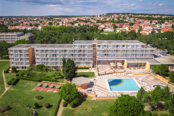 Arena Hotel HOLIDAY -