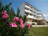 Hotel ALBA - Sw. Filip i Jakov