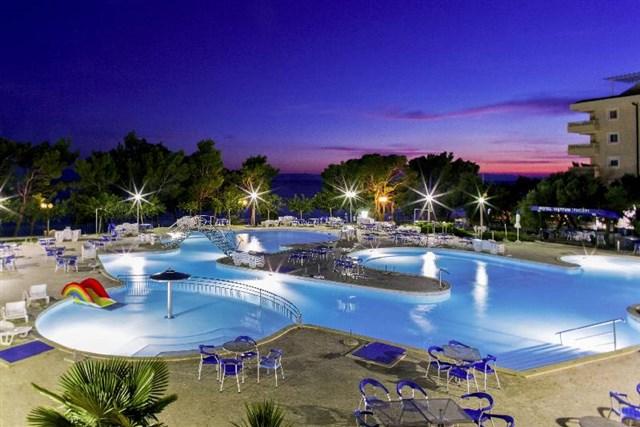 Hotel Bluesun Neptun • Tucepi