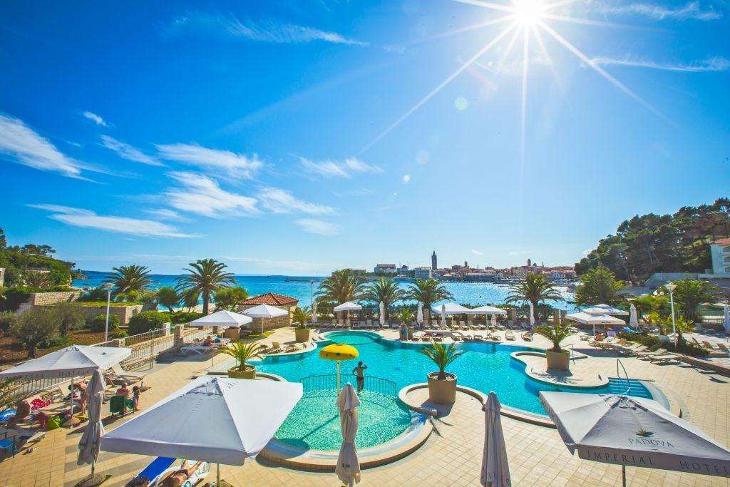 Hotel PADOVA - Ostrov Iž