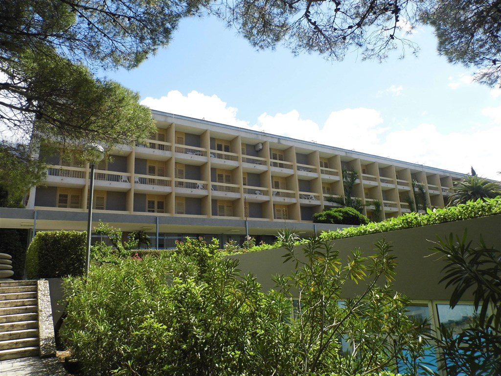 Hotel ALEM - Drvenik