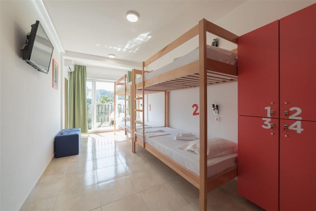 Hostel 88 - Drvenik