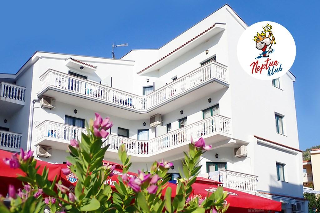 Depandance TRITON - Paros - hlavní město