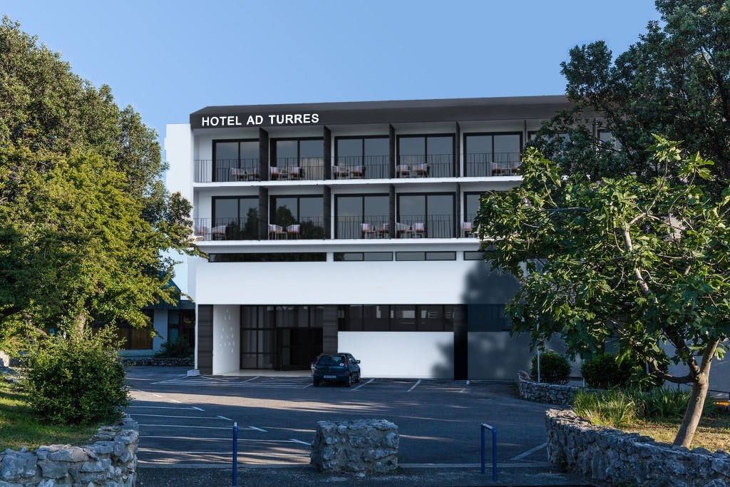 Hotel AD TURRES - Kyparissia