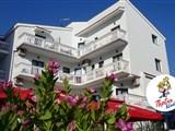 Aparthotel TRITON - Coral Bay
