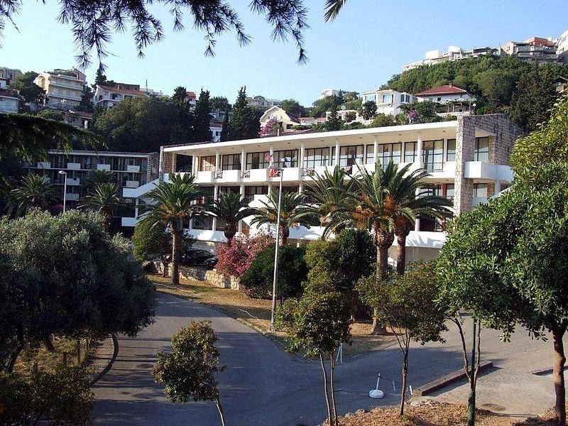 Hotel MEDITERAN - Sutomore